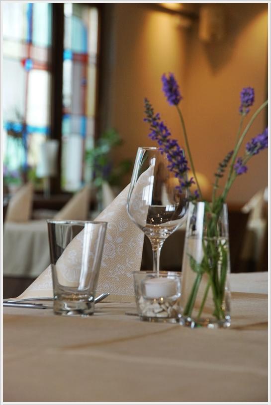 Adenau und Region Hocheifel  Eifel wir empfehlen Ihnen eine Tischreservierung für unser Restaurant Eifelstube
